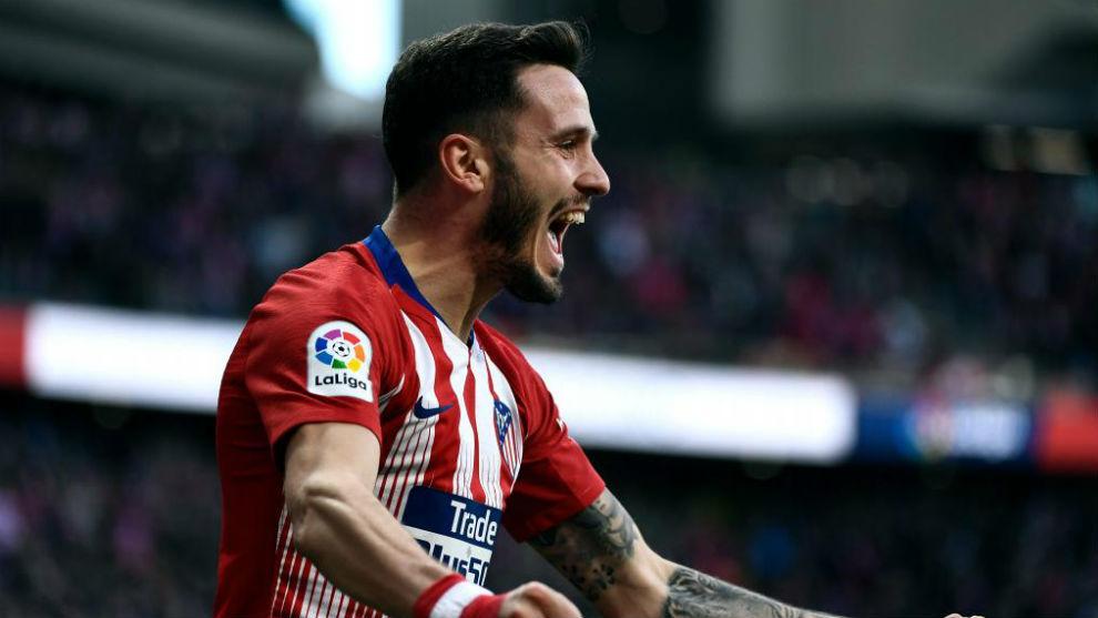 Saúl celebrates his strike against Getafe.