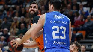 Dubljevic trata de marcharse de la marca de Huskic