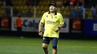 Maradona, durante un entrenamiento de Dorados.