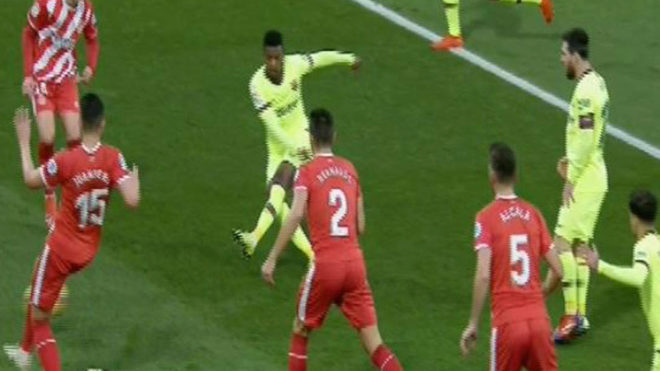 Messi accused of refusing to play with Coutinho at Barcelona