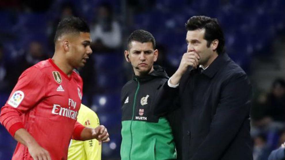 Solari da instrucciones en el partido contra el Espanyol.