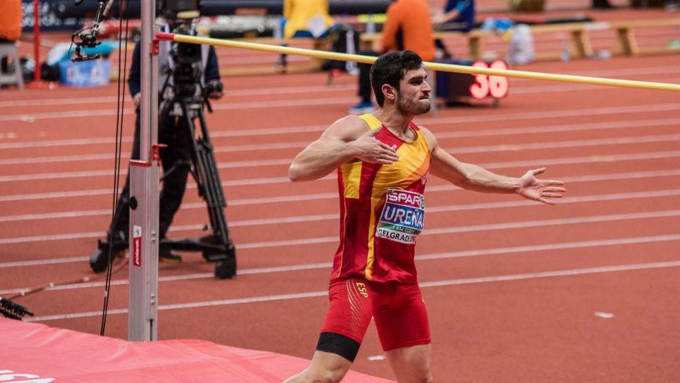 Jorge Ureña, en acción.
