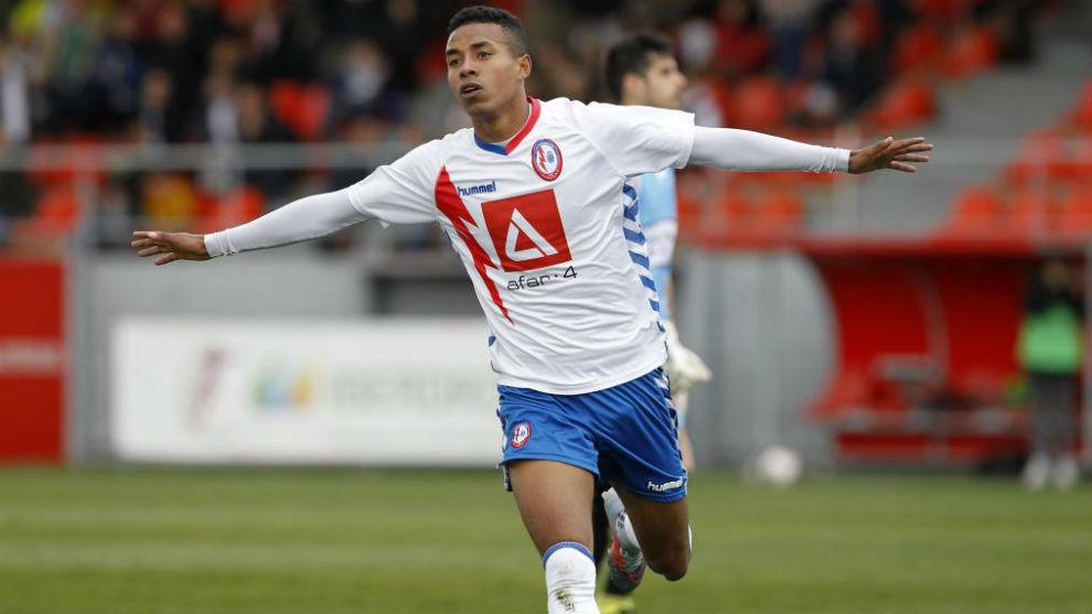 Jeisson Martínez celebra uno de los goles que marcó como majariego