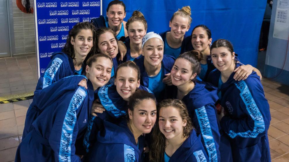 Las jugadoras del CN Sant Andreu tras la calificación.