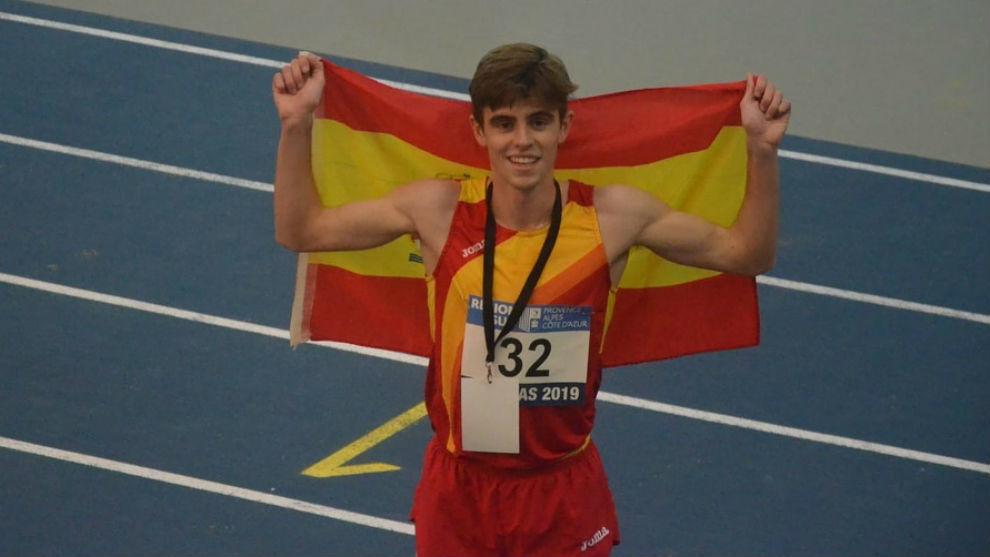Adrián Ben, tras proclamarse campeón Mediterráneo sub 23 en 1.500.