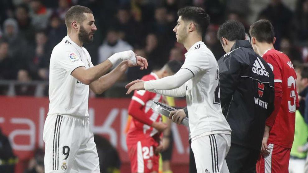 Asensio entra en el campo por Benzema en Girona