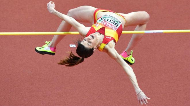 Ruth Beitia, en competición