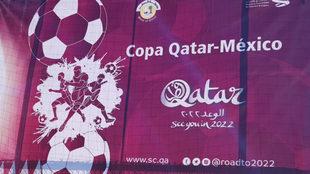 Inicia la Copa Qatar-México en el Estadio Azteca.