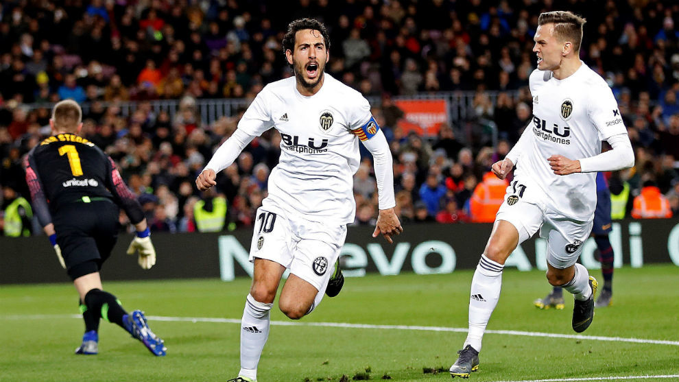 Parejo celebra el segundo gol del Valencia.