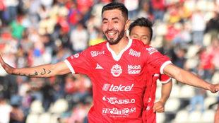 Eder Cruz celebra el triunfo sobre Potros.