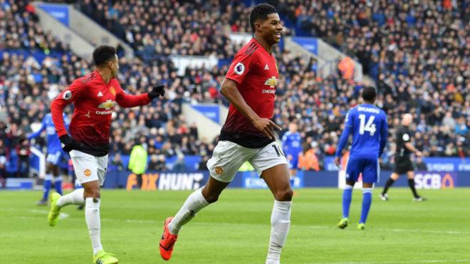 Rashford celebra su gol al Leicester.