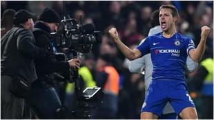 Azpilicueta celebra el triunfo sobre el Tottenham en la Copa de la...