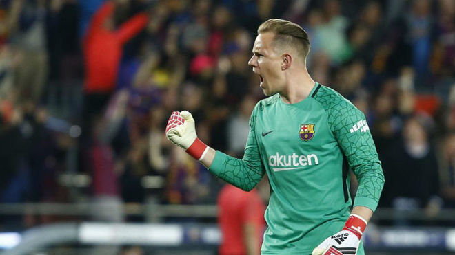 Ter Stegen in a euphoric moment during a game.