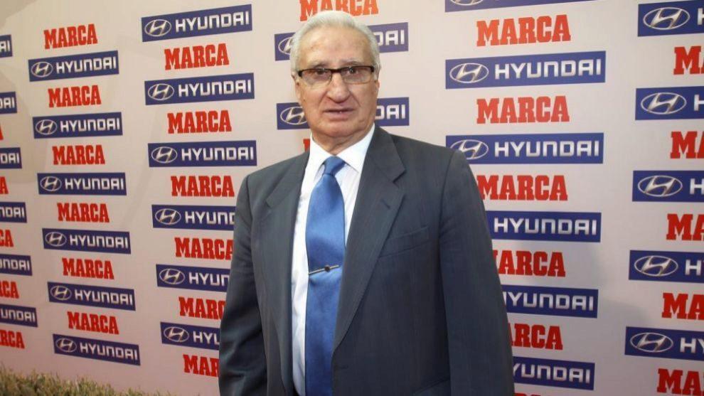 Isacio Calleja durante un acto con MARCA