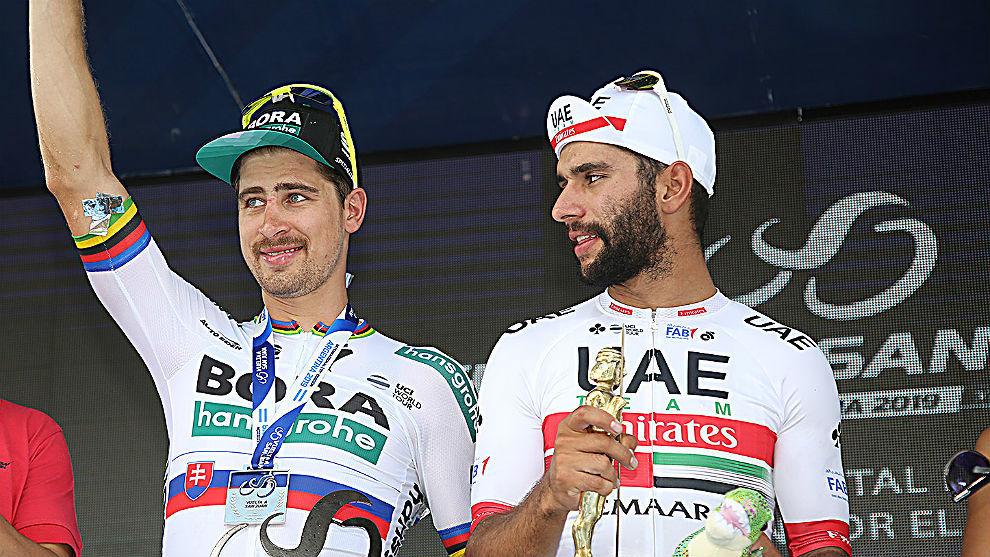 Los dos amigos en el podio de la cuarta etapa de la Vuelta a San Juan