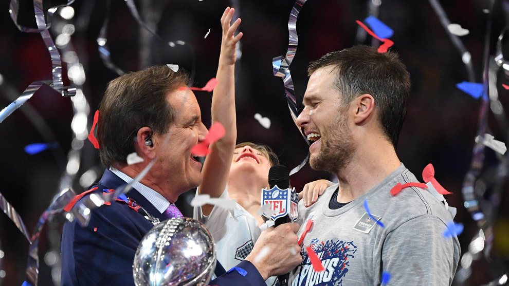 Tom Brady festeja su sexto campeonato