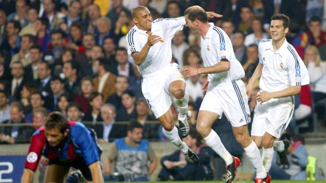 Solari watches Roberto Carlos celebrate with Zidane in Madrid's...
