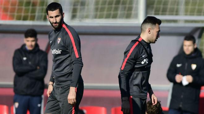 Gonalons y Munir, en el entrenamiento de hoy.