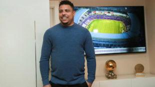 Ronaldo, en sus nuevas oficinas en Madrid