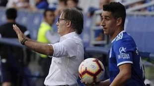 Anquela pide calma en el Carlos Tartiere en presencia de Saúl Berjón