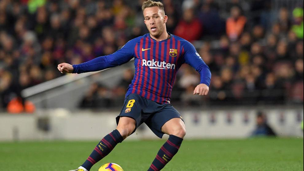 Arthur durante un partido del Barcelona.
