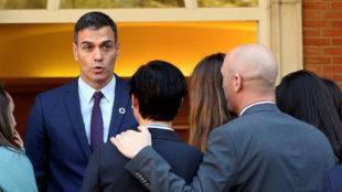 Pedro Sánchez y Luis Rubiales, en la recepción a la selección...