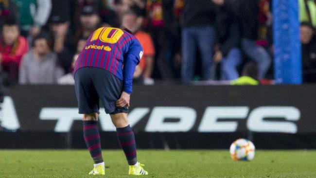 Messi, con molestias durante el Clásico.