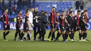 Los jugadores del Reus, al término del partido ante el Málaga.
