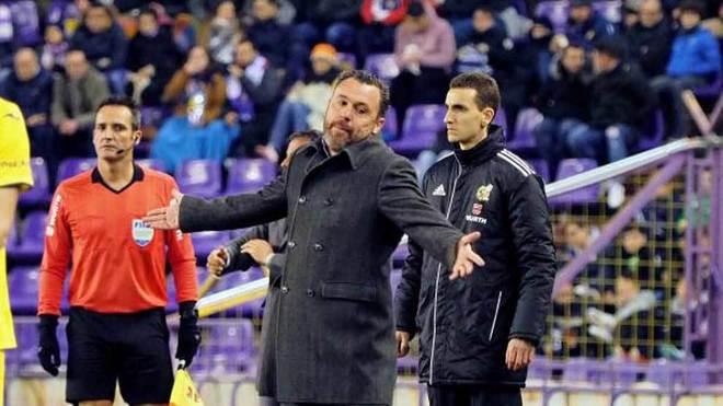 Sergio se lamenta en el partido ante el Villarreal.