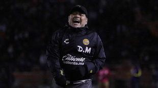 Los Dorados de Maradona consiguen su primer triunfo en el Clausura...