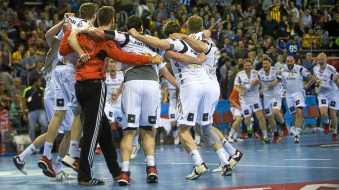 Los jugadores del Kiel celebran una victoria en el Palau
