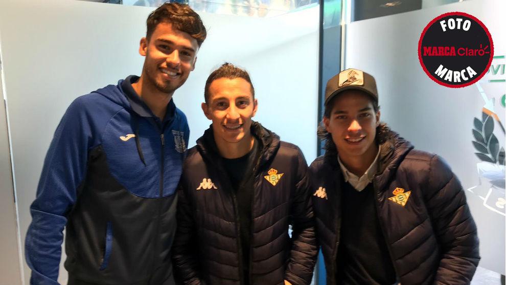 Diego Reyes, Andrés Guardado y Diego Lainez, al final del Leganés vs...