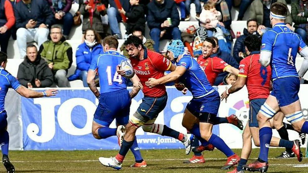 Un momento del partido entre España y Rusia.