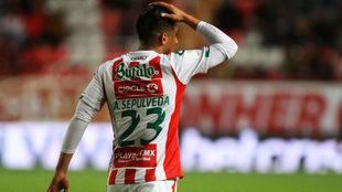 Ángel Sepúlveda se disculpa por el penal fallado.