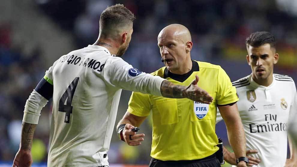 Marciniak dirigirá el Ajax-Real Madrid