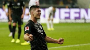 Jovic celebra un gol con el Eintracht de Frankurt.