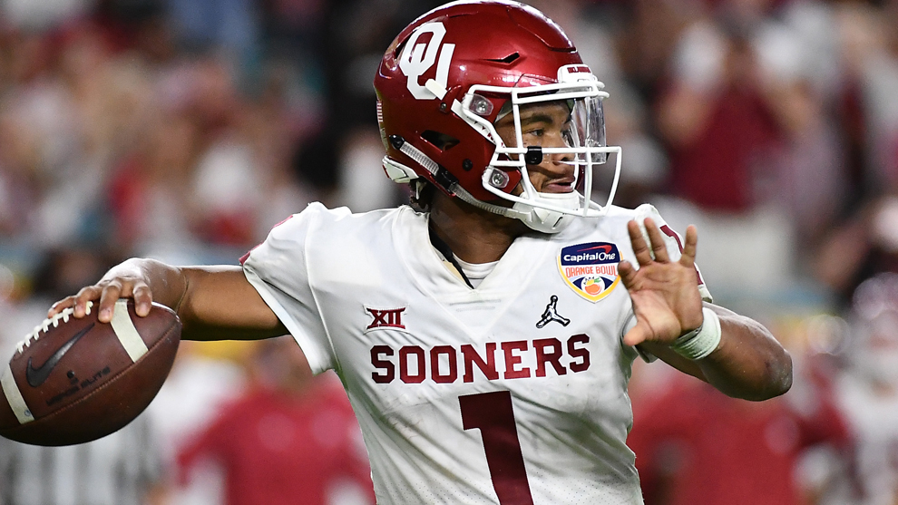 Kyler Murray durante las semifinales del College Football Playoff.