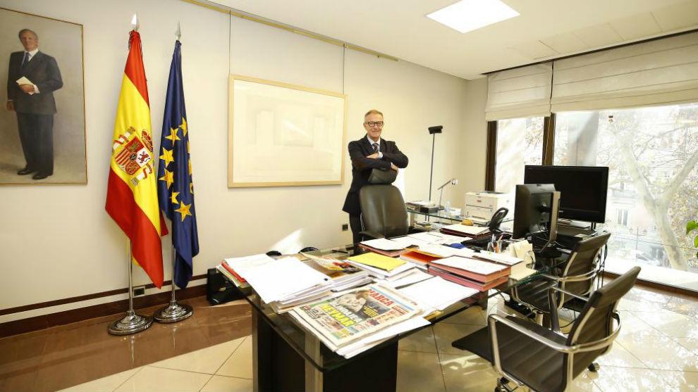 El ministro de Cultura y Deporte, José Guirao, en su despacho.