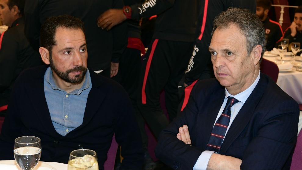 Machín (43) y Caparrós (63), en la cena del 129 aniversario del...