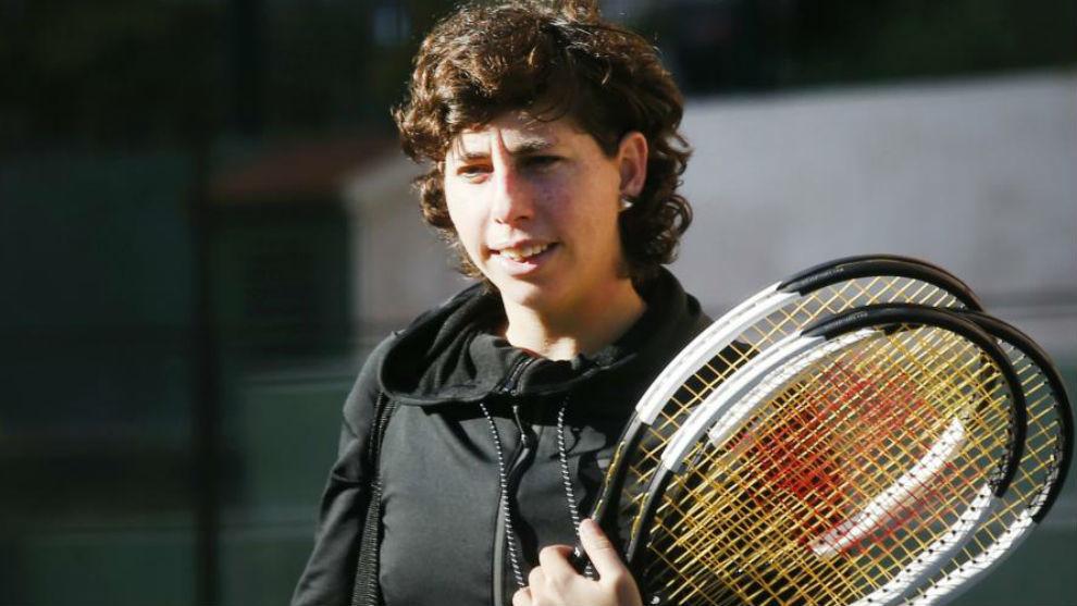 Carla, con raquetas