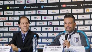 Jaime Ordiales y Rafael Puente en conferencia de prensa
