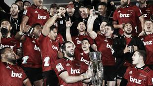 Crusaders celebran el título ganado en 2018