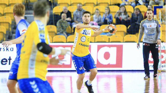 Alex Dujshebaev durante un partido con el Kielce