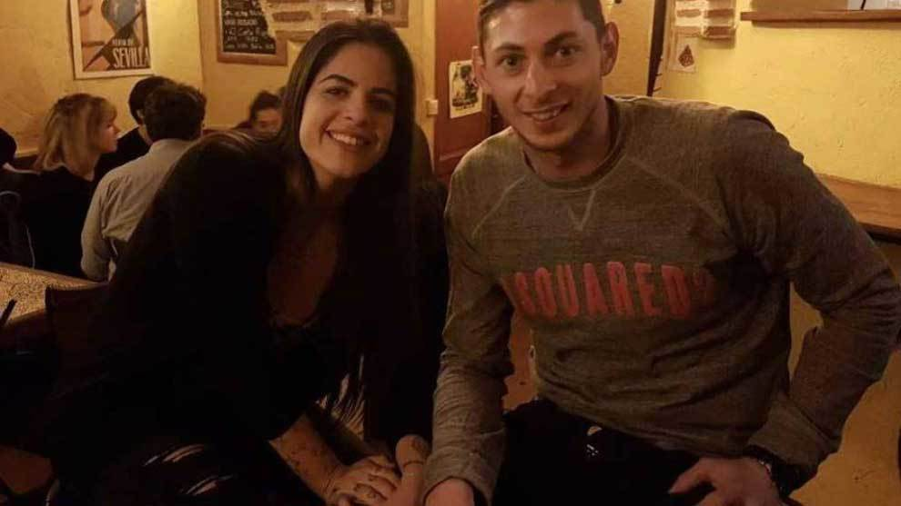 Luiza Ungerer posando con Emiliano Sala
