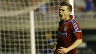 Aleix Febas celebra su gol ante el Barcelona B.