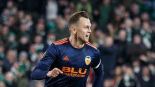 Cheryshev celebra su gol en Glasgow.