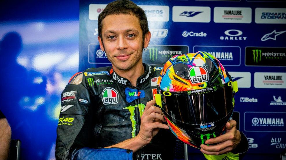 Valentino Rossi dcbfb8118f084