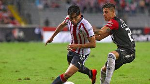 Gael Sandoval / Cristian Calderón.