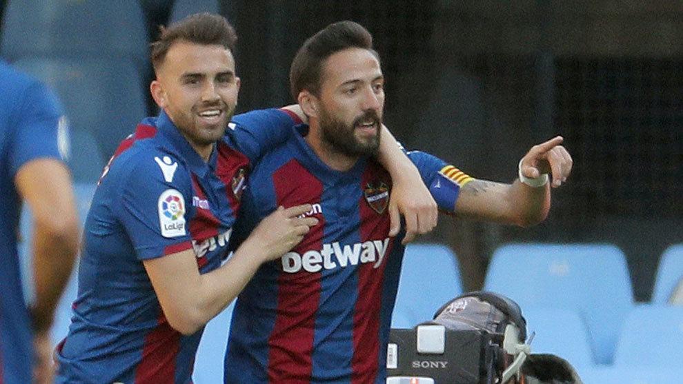 Jose Luis Morales celebrating one of his goals.