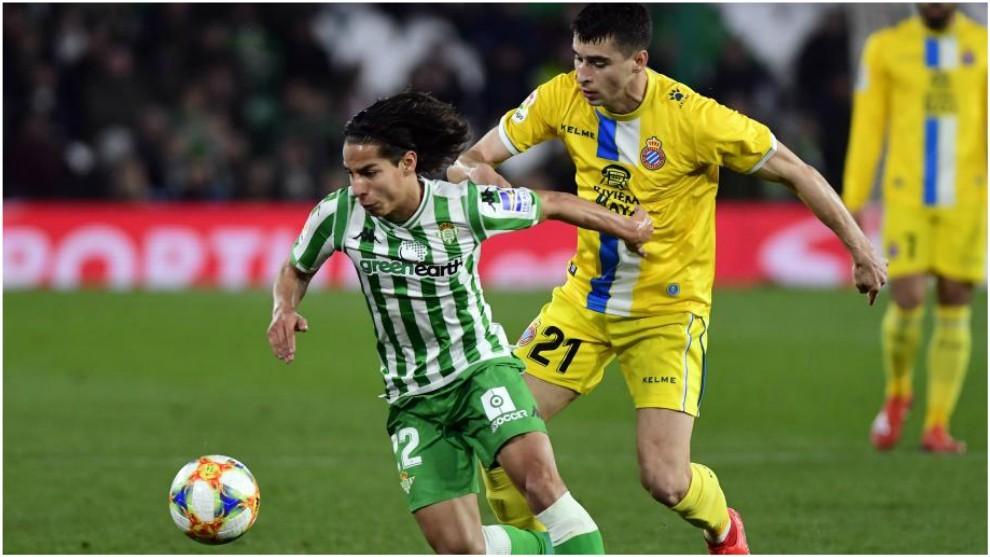 Diego Lainez, en un enfrentamiento del Betis con el Espanyol en...